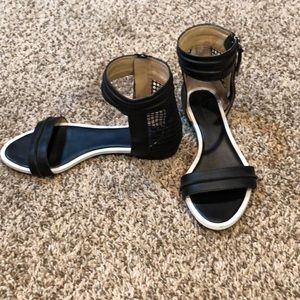 Awesome LAMB black sandals size 6.5